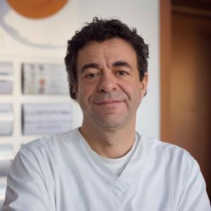 """<a href=""""/i-professionisti/roberto-levorato""""><center>Dott. Roberto Levorato</center></a>"""